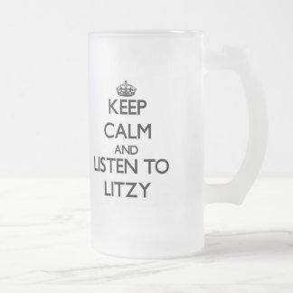 Guarde la calma y escuche Litzy Taza Cristal Mate