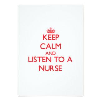 Guarde la calma y escuche una enfermera invitacion personalizada