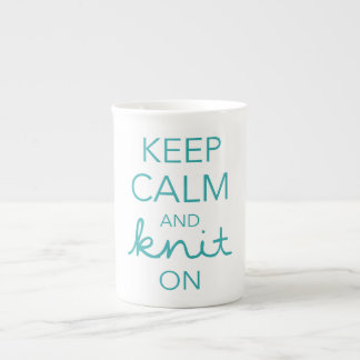 Explora nuestra colección de tazas de porcelana y personalízalas con tus colores, diseños y estilos favoritos.
