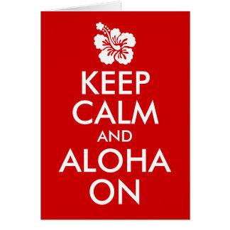 Guarde la calma y la hawaiana en hibisco tarjetón