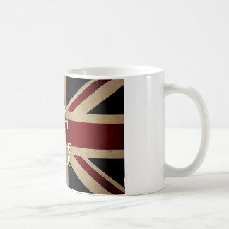 Guarde la calma y ponga la caldera taza de café