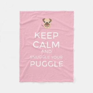 Guarde la calma y Snuggle su Puggle - MANTA de