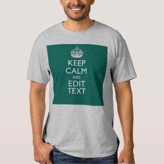 Guarde la calma y tenga su texto en la turquesa camisetas