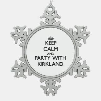 Guarde la calma y vaya de fiesta con Kirkland Adornos