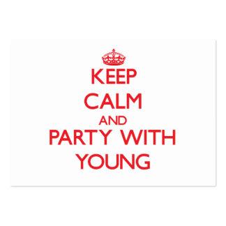Guarde la calma y vaya de fiesta con los jóvenes tarjetas de negocios