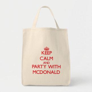 Guarde la calma y vaya de fiesta con Mcdonald Bolsa