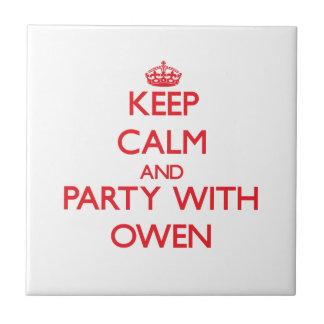 Guarde la calma y vaya de fiesta con Owen Azulejo Ceramica