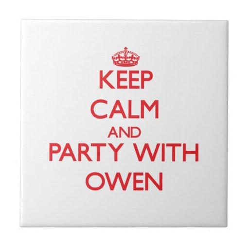 Guarde la calma y vaya de fiesta con Owen Teja Cerámica