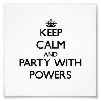 Guarde la calma y vaya de fiesta con poderes