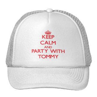 Guarde la calma y vaya de fiesta con Tommy Gorro