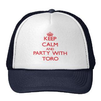 Guarde la calma y vaya de fiesta con Toro Gorro