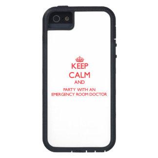 Guarde la calma y vaya de fiesta con un doctor de  iPhone 5 cobertura