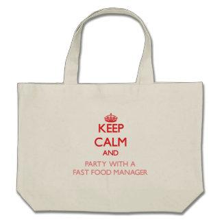 Guarde la calma y vaya de fiesta con un encargado bolsas de mano