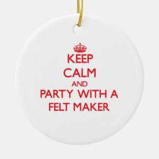 Guarde la calma y vaya de fiesta con un fabricante ornamento de navidad