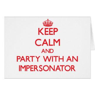 Guarde la calma y vaya de fiesta con un personific tarjetas