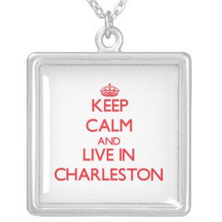Guarde la calma y viva en Charleston Grimpolas