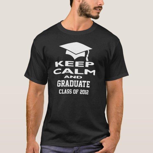 Guarde la clase tranquila y graduada de la camiseta