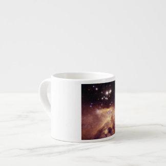 Guerra y nebulosa de la paz taza espresso