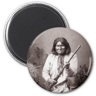 Guerrero del indio del nativo americano del imanes