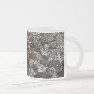 Guijarros del granito en la naturaleza de Yosemite Taza De Cristal