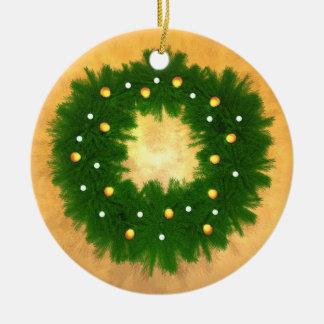 Guirnalda del día de fiesta en el oro ornamento de navidad