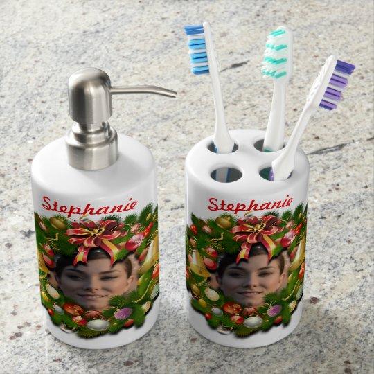 Guirnalda del navidad modificada para requisitos vaso para cepillos de dientes