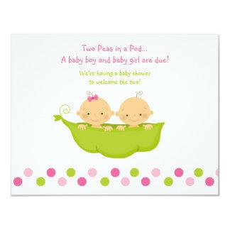 Guisantes de los gemelos del muchacho y del chica invitación 10,8 x 13,9 cm