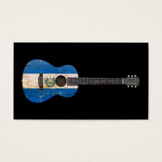Guitarra acústica envejecida y llevada de la tarjeta de negocios