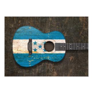 Guitarra acústica rasguñada y llevada de la invitación 12,7 x 17,8 cm