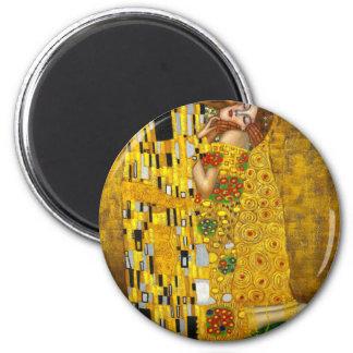 Gustavo Klimt el beso Imán