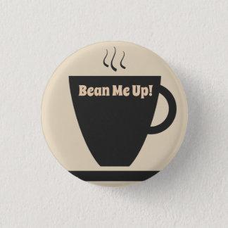 Haba yo encima del botón del Pin del café