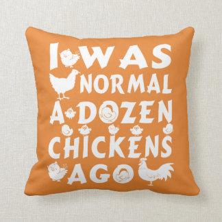 Hace docena pollos normales cojín decorativo