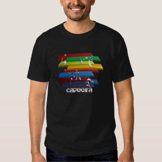 hacha del amor del arco iris del capoeira de la camiseta