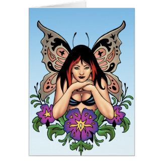 Hada del gótico con las flores, alas de la tarjeta de felicitación