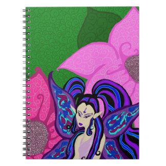Hada en el cuaderno de las flores