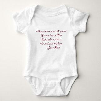 Haga heno el bueno y marcha de espuma del camisetas