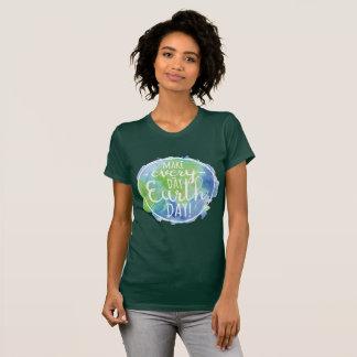 Haga la camisa diaria del Día de la Tierra