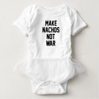 Haga la guerra de los Nachos no Body Para Bebé