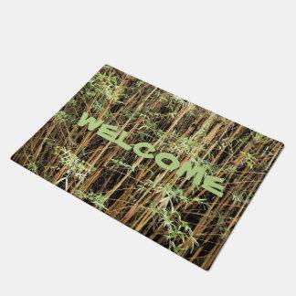 Haga su propia estera de puerta de bambú de