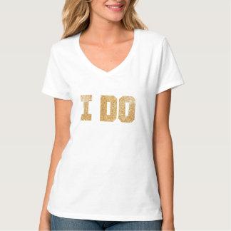 Hago brillo del oro de la camisa de Bachelorette