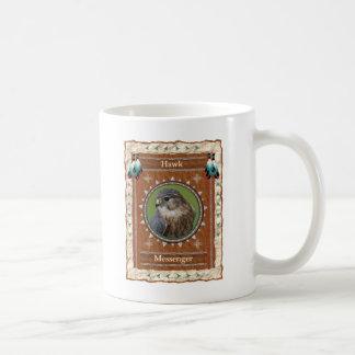 Halcón - taza de café clásica del mensajero