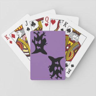 Halloween frecuentó el árbol barajas de cartas