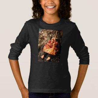 HALLOWEEN FRESCO [muñecas frecuentadas 2] Camiseta