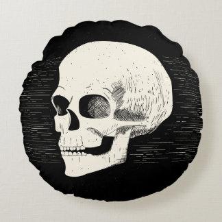 Halloween ilustró la almohada redonda del cráneo