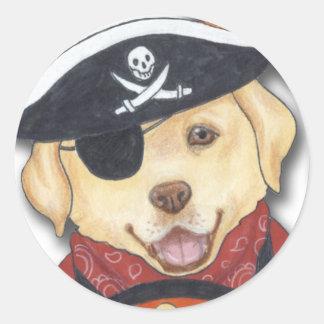 Halloween Labrador en traje del pirata Pegatina Redonda