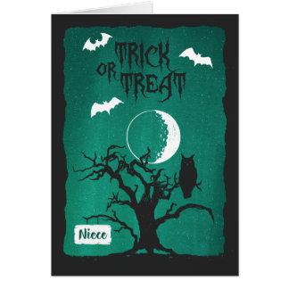 Halloween para la sobrina, la luna del árbol del tarjeta