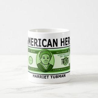 Harriet Tubman en la taza de veinte billetes de
