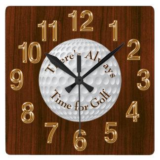 Hay siempre hora para el RELOJ del golf o el texto