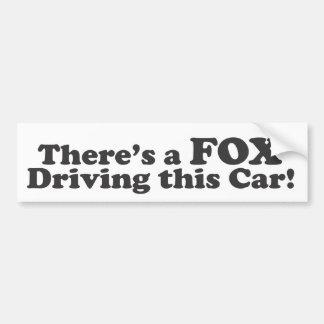 ¡Hay un ZORRO que conduce este coche! Pegatina Para Coche