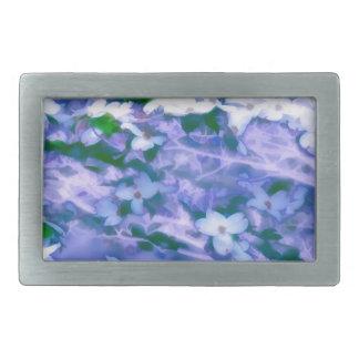 Hebilla De Cinturón Rectangular Flor blanco del Dogwood en azul